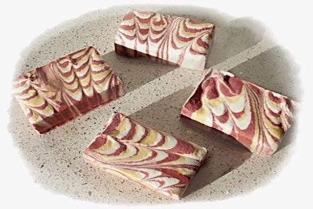 Pasos para elaborar jabón casero marmoleado a partir de ingredientes naturales