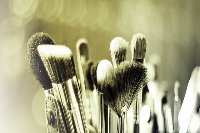 Brochas de maquillaje de pelo sintético
