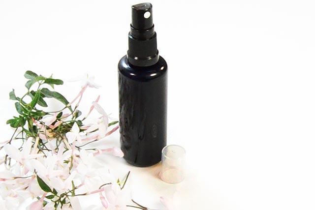 Receta Agua de colonia de jazmín (fresca y primaveral)